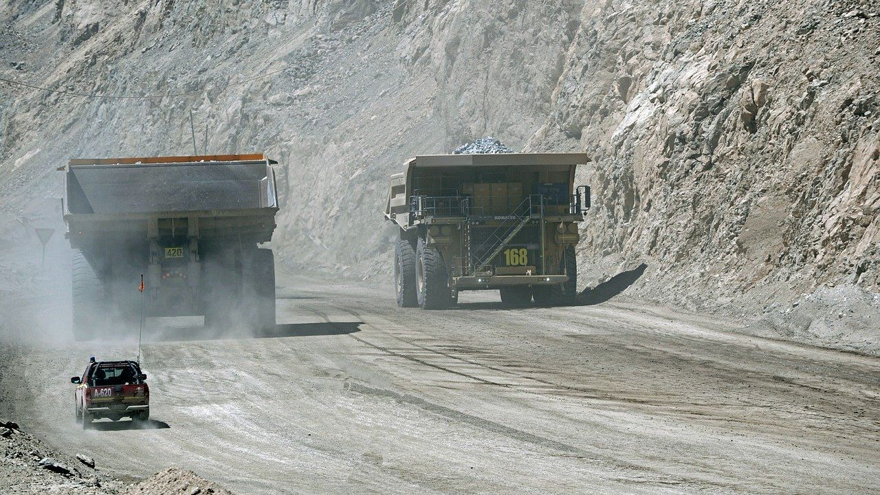 Turkish producer of mining, road and construction machinery seeking distributors