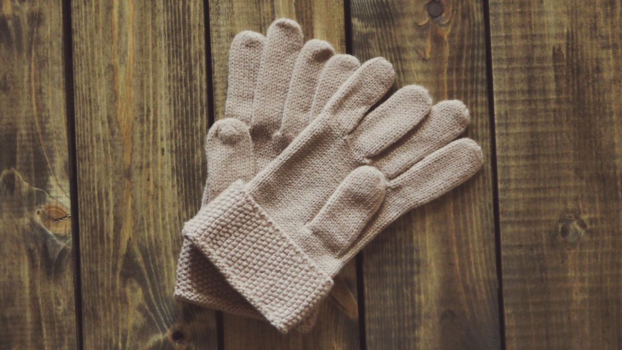 Italian manufacturing of knitwear looks for manufacturing agreements with fashion brands
