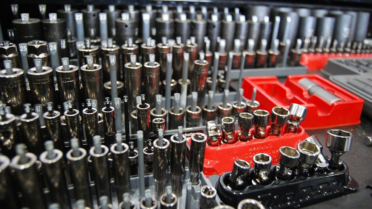 Slovenian toolmaker offering manufacturing or subcontracting services
