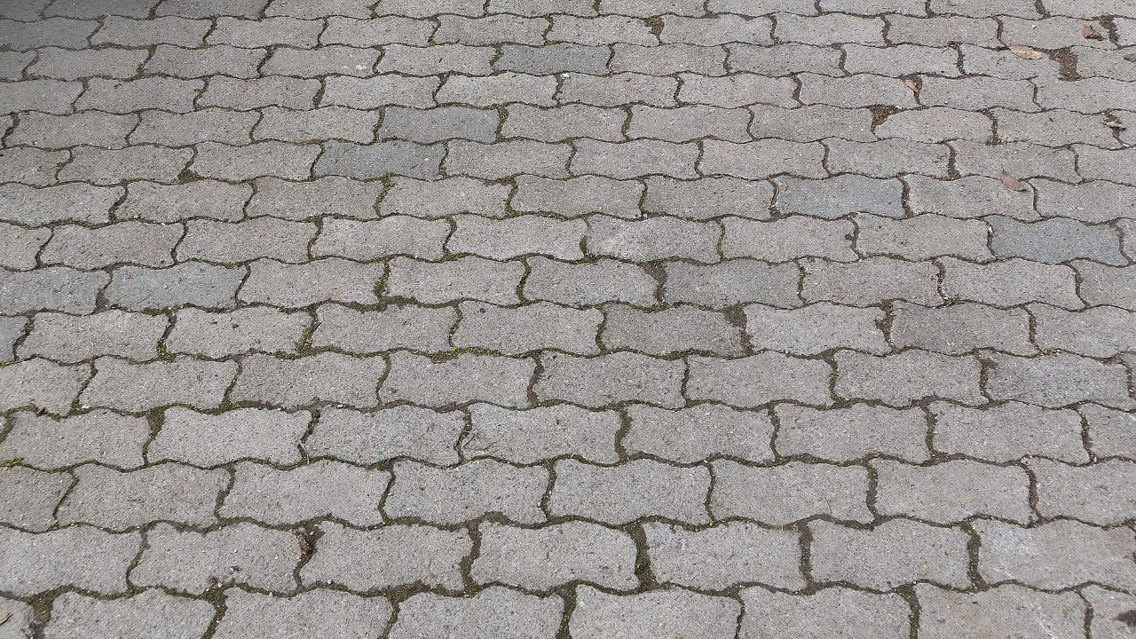 Bulgarian manufacturer of concrete products is looking for foreign distributors