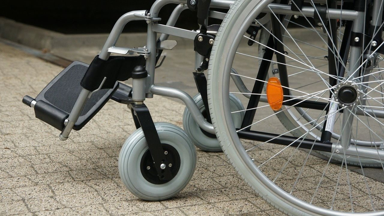 UK designer and manufacturer of manual wheelchair components seeks international partners