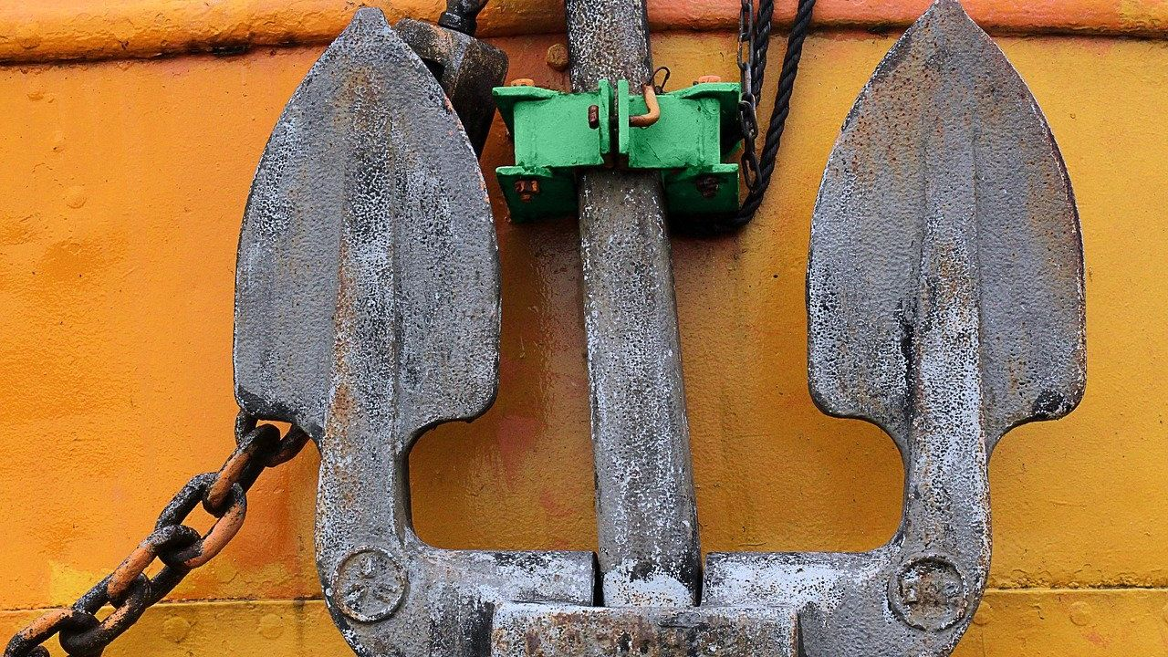 Polish producer of anchors for fishing farms and other steel products seeks distributors