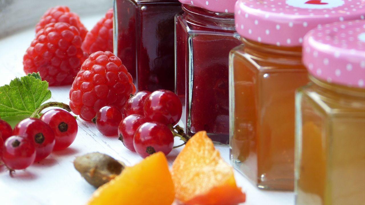 Armenian producer of natural jams, syrup, fruit vodka looks for distributors