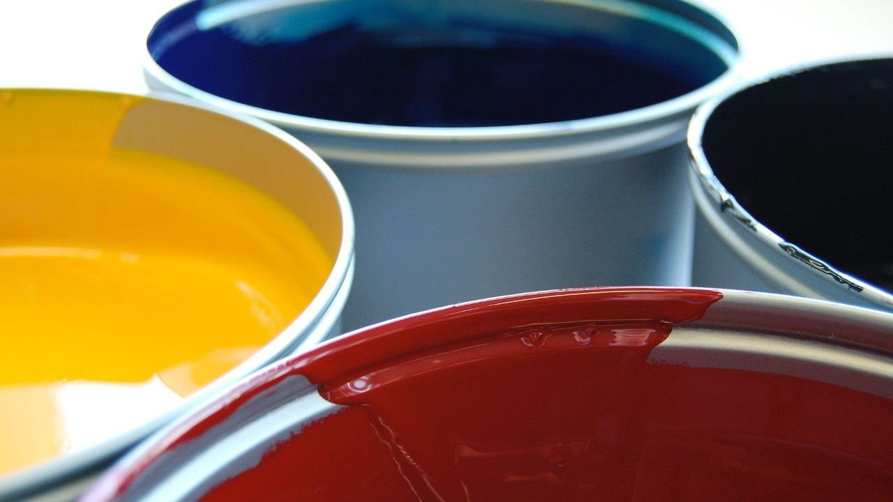 Experienced Italian producer of paints seeks agents and distributors abroad