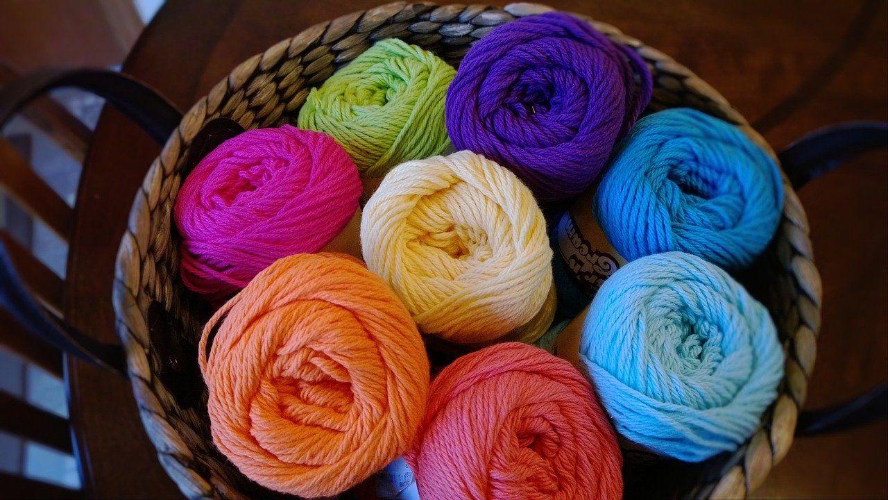 UK importer of hand knitting yarns seeking agents and distributors