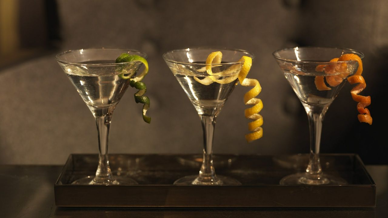 French superior quality spirits (looking for distributors abroad)