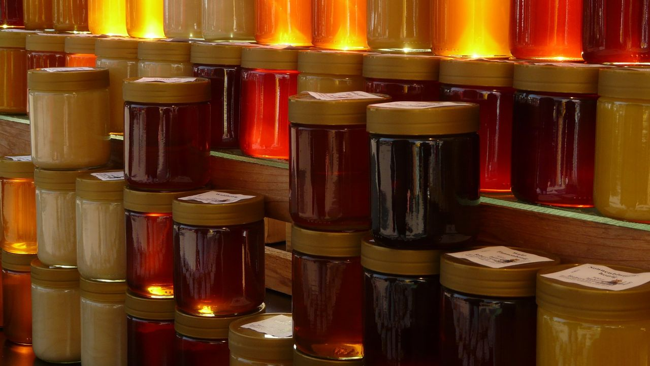 We are looking for distributors for our honey food line