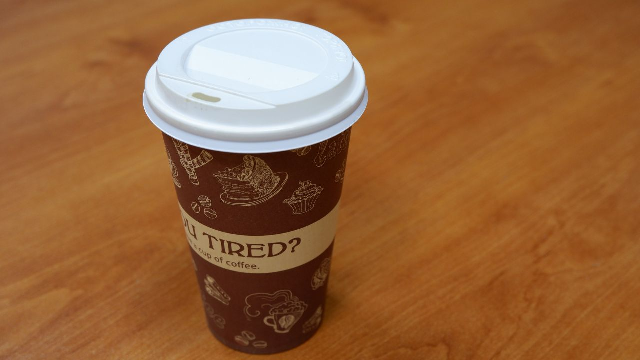 Producer of cardboard cups for hot/cold drinks is looking for distributors