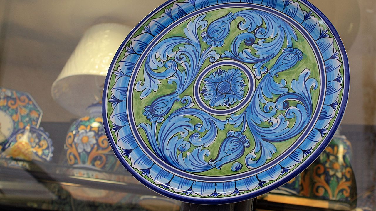 Producer of artisanal ceramics seeks business partners in the European Union